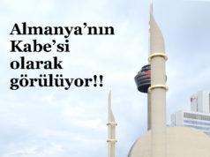 DİTİB Merkez Cami külliyesinin bu fotoğrafı, karşıdaki komşu bınanın balkonundan çekildi. (© Adnan Öztürk)