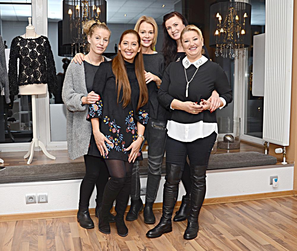Soldan sağa: Simone, Tüğçe, Britta, Natallie ve Mehtap Kaptan