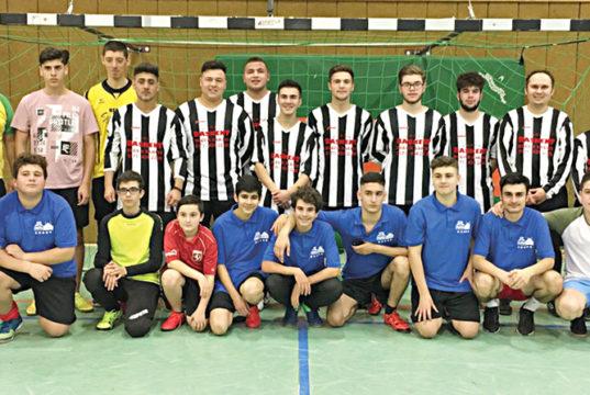Hamm DİTİB camileri organize ettiği salon turnuvasına katılan spor severler