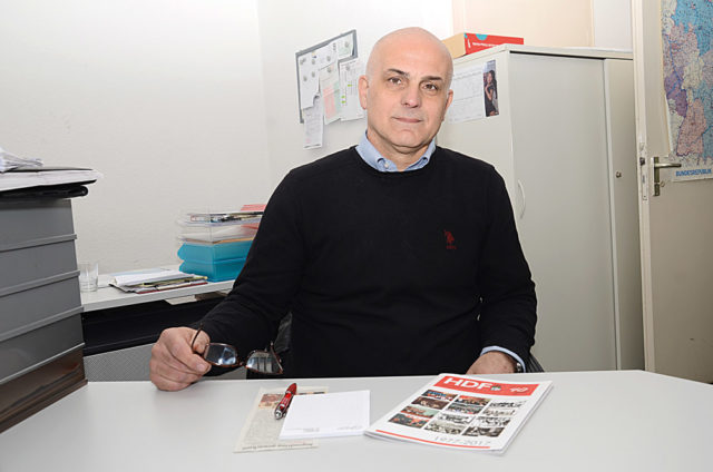 Sosyal Demokrat Halk Dernekleri Federasyonu, Örgütlerden solumlu genel başkan yardımcısı Birol Keskin, HDF'nin 40. yılını Öztürk'e anlattı.