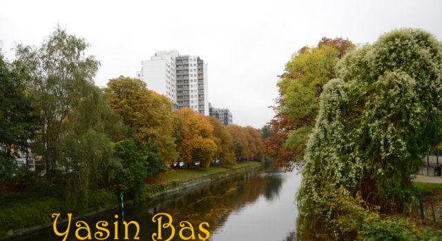 Berlin'deki Spree nehir.