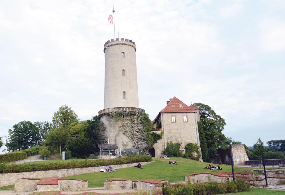 Bielefeld'in kalesi Sparenburg.