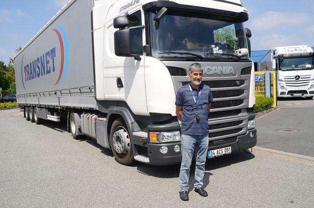15 senedir Avrupa'ya yük taşıyan Cemil Öztürk