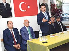Türk Fedrasyon Genel Başkanı Şentürk Doğruyol, Bielefeld Ülkü Ocağı salonunda konuştu.