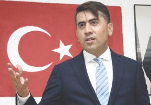 Türk Fedrasyon Genel Başkanı Şentürk Doğruyol.