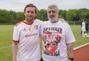Teknik direktör Ferhat Çerçi, ve başkan Kemal Çakır.