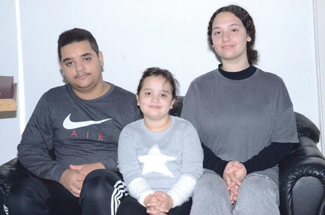 Emre (17), Zeynep (7) ve Süde (14)