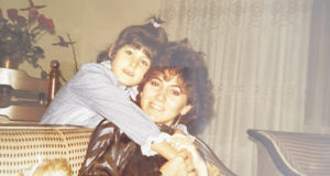 Kızım Cihan ile birlikte, sene 1985...