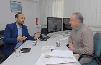 Prof. Dr. Rıza Öztürk, Adnan Öztürk'e değerlendirme yaptı.