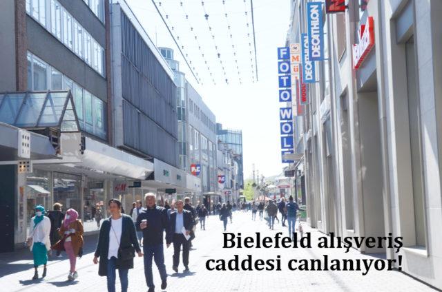 Bielefeld şehir merkezi Bahnhof sokağı