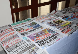 Türkiye Gazeteciler Federasyonu Yerel Gazete Sergisi. Fotoğraf Adnan Öztürk